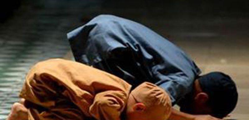 كيف تحبب طفلك بالصلاة