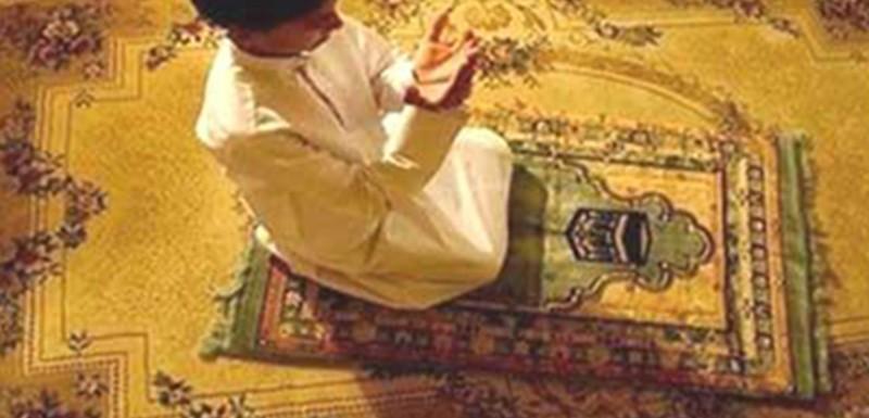 7 مراحل للتربية الإيمانية لأبنائنا