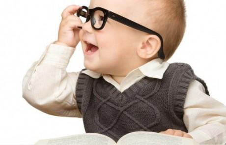 (7) وسائل تزيد من ذكاء ابنك وفطنته