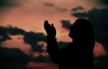 ولدي يسأل لماذا الله لا يحمينا من الشر؟