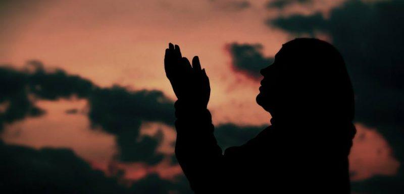 رزقها الله بزوج وهي تدعوا و تصلى